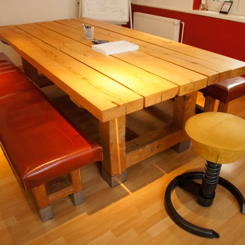 ledergepolsterte sitzb nke. Black Bedroom Furniture Sets. Home Design Ideas